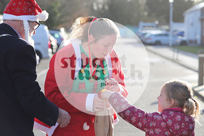 ROTAR-19-SantaFunRun-FINISH-27