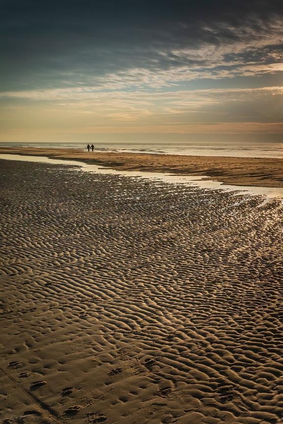 Love walk along the Northsea beach
