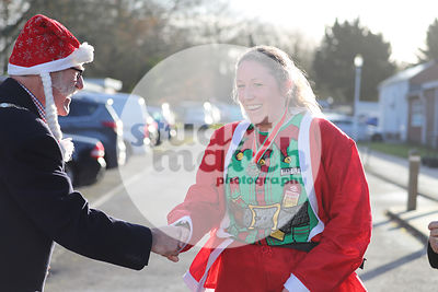 ROTAR-19-SantaFunRun-FINISH-29