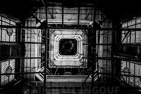 tour_saint_jacques_charpente_clocher_vitraux_BNW_72
