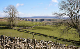 The Ribblehead Viaduct bridge crossing through the Yorkshire Dal