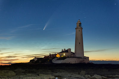 The Lighthouse & the Comet