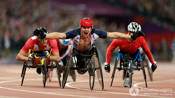 Paralympics - London 2012 Paralympic Games - Olympic Stadium - 6/9/12 Athletics - Men's 800m - T54 - Great Britain's David We...