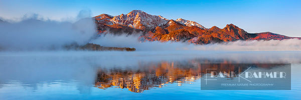 Fog impression at Kochelsee with Herzogstand - Europe, Germany, Bavaria, Upper Bavaria, Bad Tölz-Wolfratshausen, Kochel (Alps...