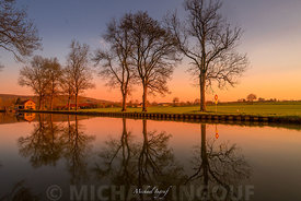 chateauneuf_canal_arbre_reflet_ecluse_maison_sunset_72