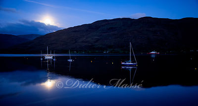 Le lac Linnhe en fin de nuit Fort William Ecosse 10/17