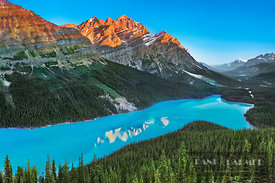 Mountain impression at Peyto Lake with Mount Patterson - North America, Canada, Alberta, Banff National Park, Peyto Lake (Roc...