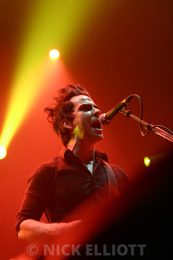 Kelly Jones / Live