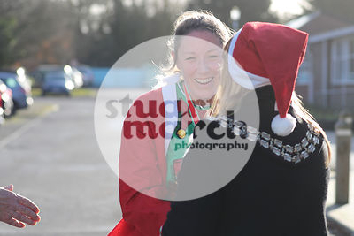 ROTAR-19-SantaFunRun-FINISH-28