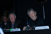 Nick Mason (L) drummer of the group Pink Floyd with Roger Waters (right) speaking at the press conference for The Pink Floyd ...