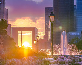 defense_henge_arche_sunset_fontaine_jet_eau_fleur_rose_building_4-5_72