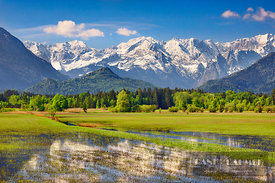 Mountain impression Wetterstein mountains and Murnauer Moos - Europe, Germany, Bavaria, Upper Bavaria, Garmisch-Partenkirchen...