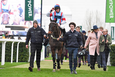 Simply_The_Betts_winners_enclosure_25012020-1