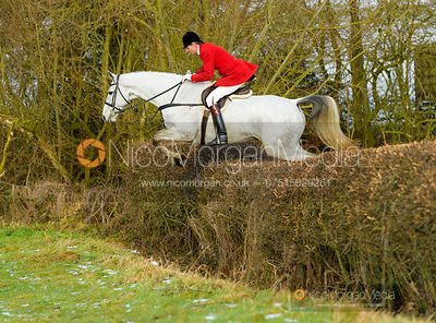 Joss Hanbury jumping a hedge at Walton Thorns
