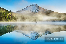 Water impression mirroring of Mount Hood in Trillium Lake - North America, USA, Oregon, Clackamas, Trillium Lake (Cascade Ran...