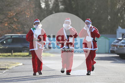 ROTAR-19-SantaFunRun-FINISH-4