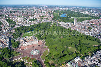 Aerial view of Buckingham Palace, Green Park, Hyde Park and Hyde Park Corner, London.