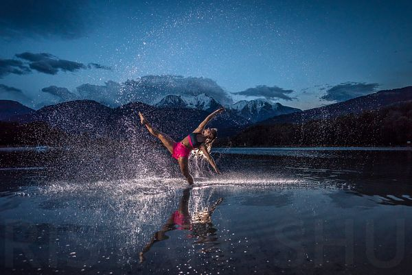 Dance in the water with Agathe Petrini