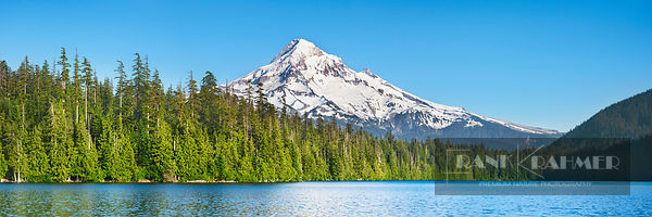 Mountain lake Lost Lake and Mount Hood - North America, USA, Oregon, Hood River, Lost Lake (Cascade Range, Mount Hood Nationa...