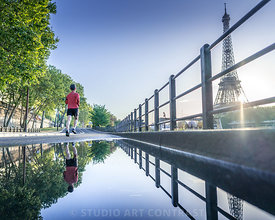 tour_eiffel_sunrise_seine_coureur_puddle_trottoir_reflection_72