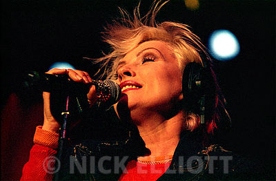 Debbie Harry performing with Blondie November 2003