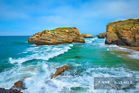 Cliff landscape  - Europe, Spain, Galicia, Lugo, Ribadeo, Playa As Catedrais (Bay of Biscay, Costa Verde) - digital