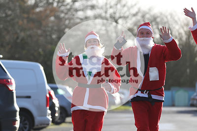 ROTAR-19-SantaFunRun-FINISH-10