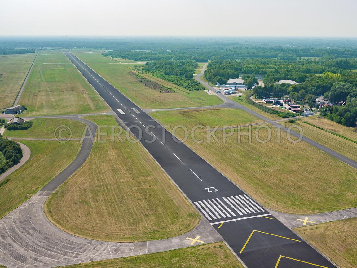 Aerial View Twente Airport De Voormalige Vliegbasis Twente Is Sinds Maart 2017 Weer Geopend 306115
