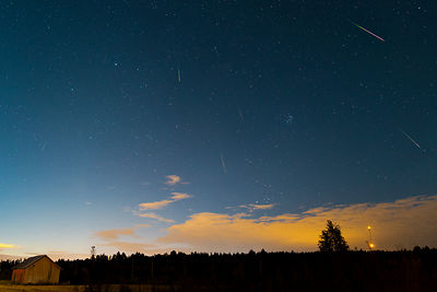 11 perseid meteors as seen in Lahti, Southern Finland on August 14 2018.