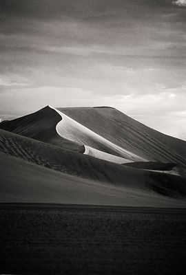 Sossusvlei 1998:   Photographer Neil Emmerson   £975 inc uk vat:   Edition of 25.