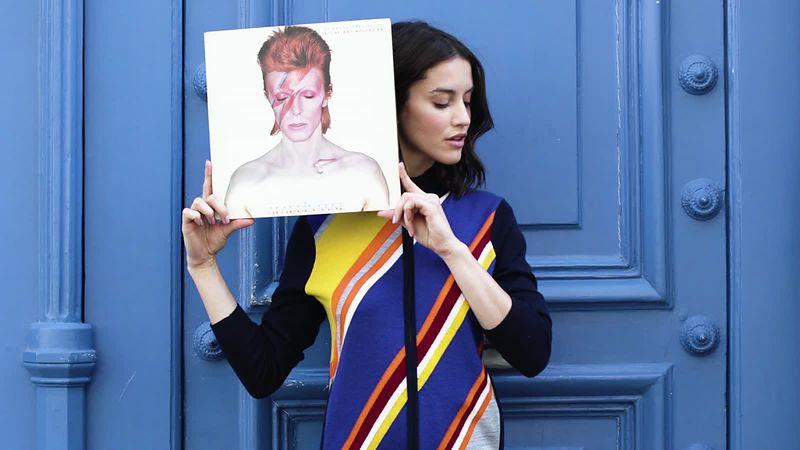 S12_Ana_Bowie_record