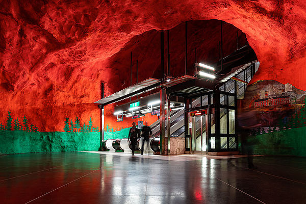 Red cave - Solna Centrum Station