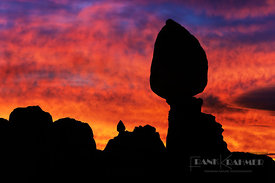 Sunrise at Balanced Rock - North America, USA, Utah, Grand, Arches National Park, Balanced Rock (Colorado Plateau) - digital