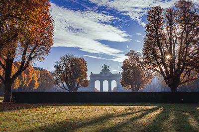 Autumn morning in Cinquantenaire Parc