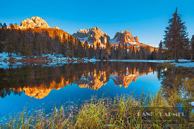 Mountain impression at Lago Antorno with Cadini di Misurina - Europe, Italy, Veneto, Belluno, Sexten Dolomites, Lago Antorno ...