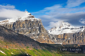 Mountain landscape south of Waterfowl Lake - North America, Canada, Alberta, Banff National Park, Waterfowl Lake (Rocky Mount...