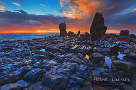 Rocky coast at ocean - Oceania, New Zealand, South Island, West Coast, Grey, Greymouth, Twelve Mile Bluff, Motukiekie Beach (...