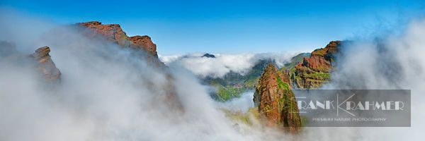 Mountain impression Pico das Torres in sea of clouds - Europe, Portugal, Madeira, Funchal, Pico do Arieiro, Miradouro do Ninh...