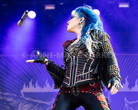 Arch_Enemy_by_Anne-Marie_Forker-5918