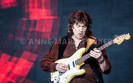 Ritchie_Blackmore_by_Anne-Marie_Forker-2355