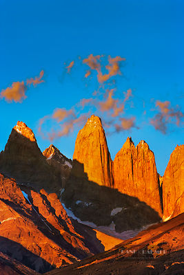 Mountain impression Torres del Paine - South America, Chile, Magallanes, Torres del Paine, Rio Paine (Patagonia, Andes, Torre...