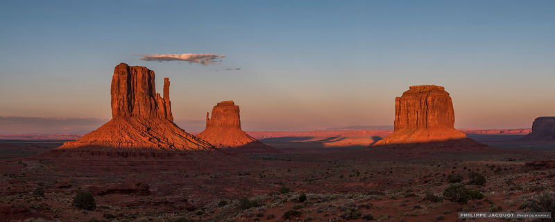 Sunset on Monument Valley - Utah