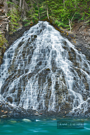 Waterfall in Maligne Canyon - North America, Canada, Alberta, Jasper National Park, Maligne Canyon (Rocky Mountains) - digital
