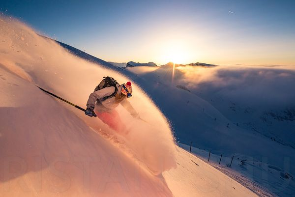 Sunset powder turn with Layla Jean Kerley