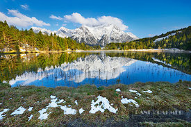 Mountain impression reflection Karwendekl in Luttensee - Europe, Germany, Bavaria, Upper Bavaria, Garmisch-Partenkirchen, Mit...