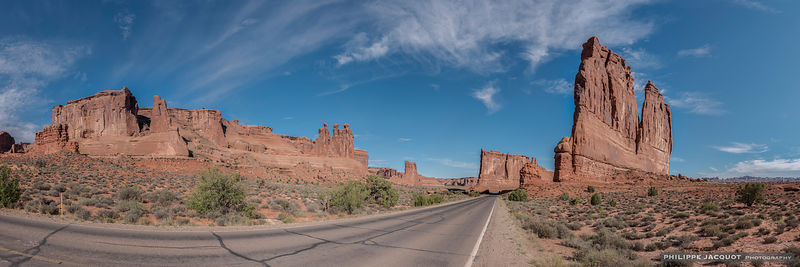 On the way to the arches - Arches national Park - Utah