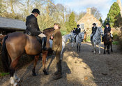 Bee Bell at the meet. The Cottesmore Hunt at Wymondham 11/1