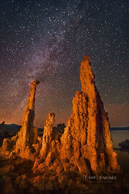 Tufa formations and star sky at Mono Lake - North America, USA, California, Mono, Mono Lake, South Tufa State Reserve (Sierra...