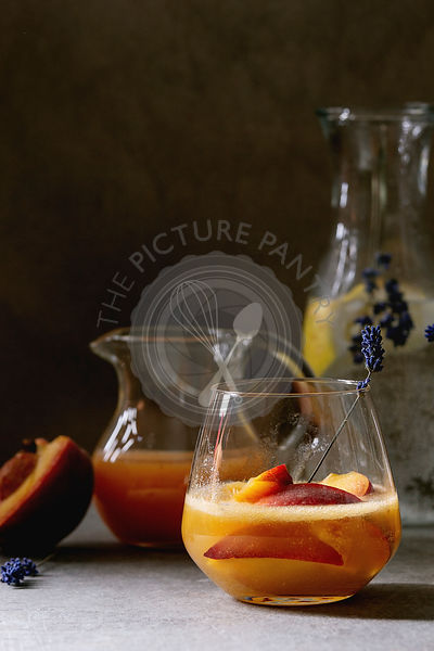 Peach cocktail lemonade