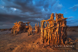 Tufa formations at Mono Lake - North America, USA, California, Mono, Mono Lake, Navy Beach (Sierra Nevada) - digital